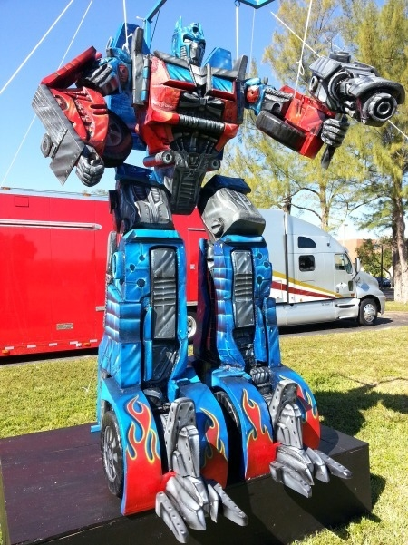 Transformers Optimus Prime 12 Foot/19210