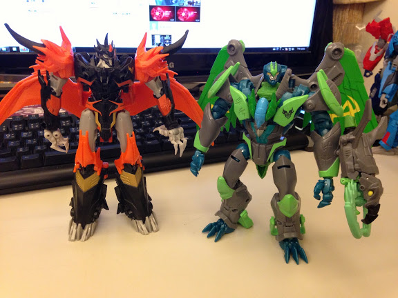 transformers new beast hunters grimwing images/19983
