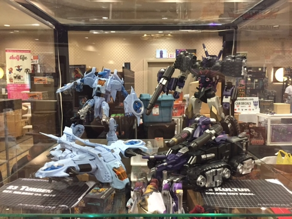 TFCon Toronto 2016 - Photos From Show Of New Unofficial Third-Party Transformers From FansToys, Iron Factory, Garatron, More!