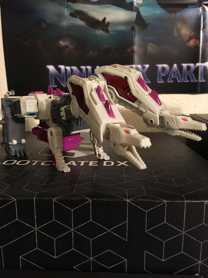 power of the primes voyager class hun gurrr in hand images/33181