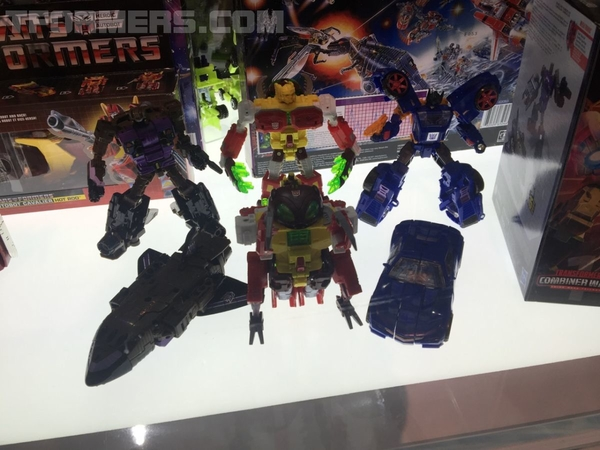 SDCC 2018 - New Transformers Display Images - War For Cybertron, Bumblebee, More