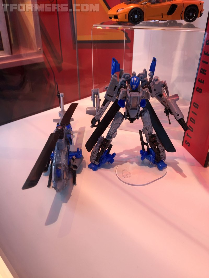 SDCC 2018 - Dropkick and Shatter Bumblebee Movie Toys