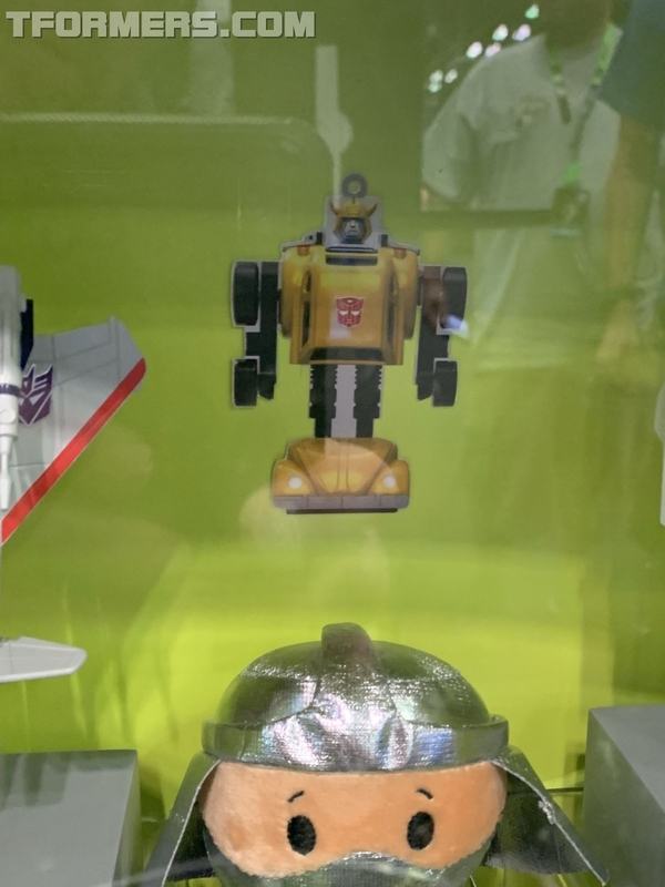 NYCC 2018 - G1 Bumblebee Xmas Hallmark Ornament Revealed