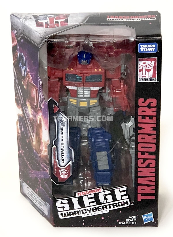 REVIEW: SIEGE Optimus Prime War For Cybertron Transformers Voyager Figure