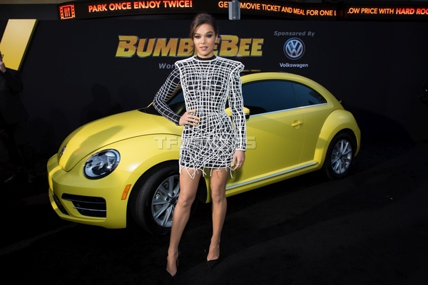 BUMBLEBEE Global Premiere Images from Hollywood December 9th Debut Event