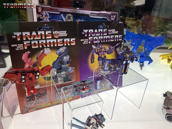 SDCC 2019 - New Images WalMart Sounwave with Gurafi, Noizu, and Frenzy Mini-Cassettes 3-Pack