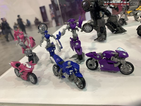 Studio Series Bumblebee, Hot Rod, Soundwave, Arcee, Chormia, Elita-1 Images from Unboxing Toy Convention 2019