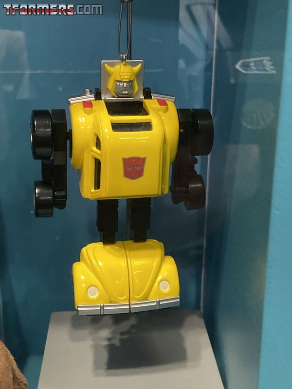 2019 NYCC - G1 Bumblebee and Jazz  Hallmark Transformers Ornaments Revealed