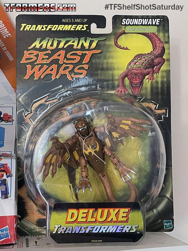 #TFShelfShotSaturday - Ultra Rare Beast Wars Mutant Soundwave